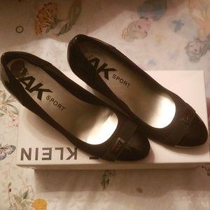 Anne Klein wedge shoe